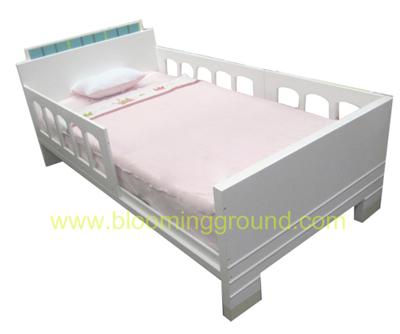 เตียงเด็กโต 3.5 ฟุต รุ่น เรโทร