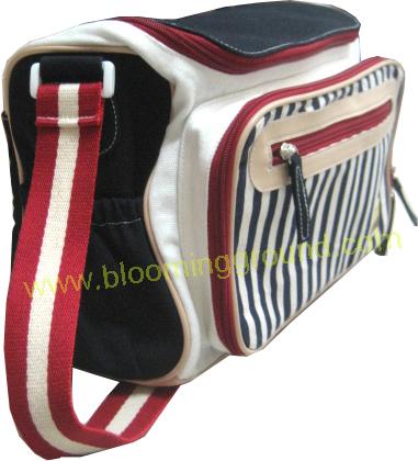 กระเป๋าขวดนม เลิฟ สีน้ำเงินแดง
