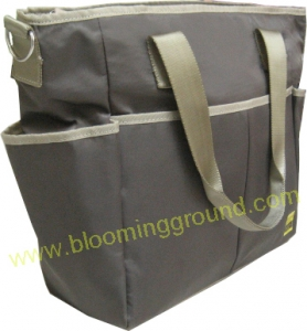 Sporty nappy bag with thermal pocket-Light brown